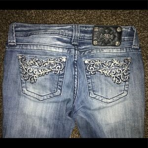 Women's Buckle Jeans - Size 27 - Miss Me